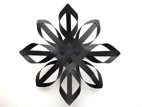 Black paper star