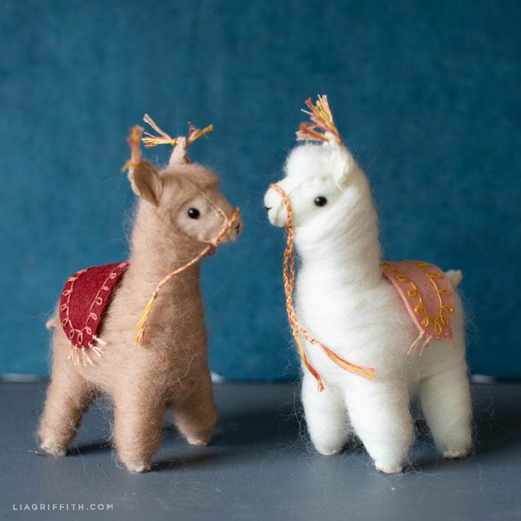 needle-felted llamas