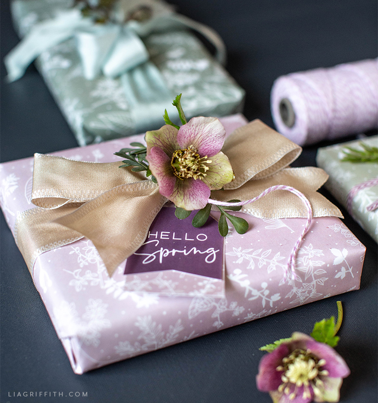 printable spring herb gift wrap with bows and flower toppers