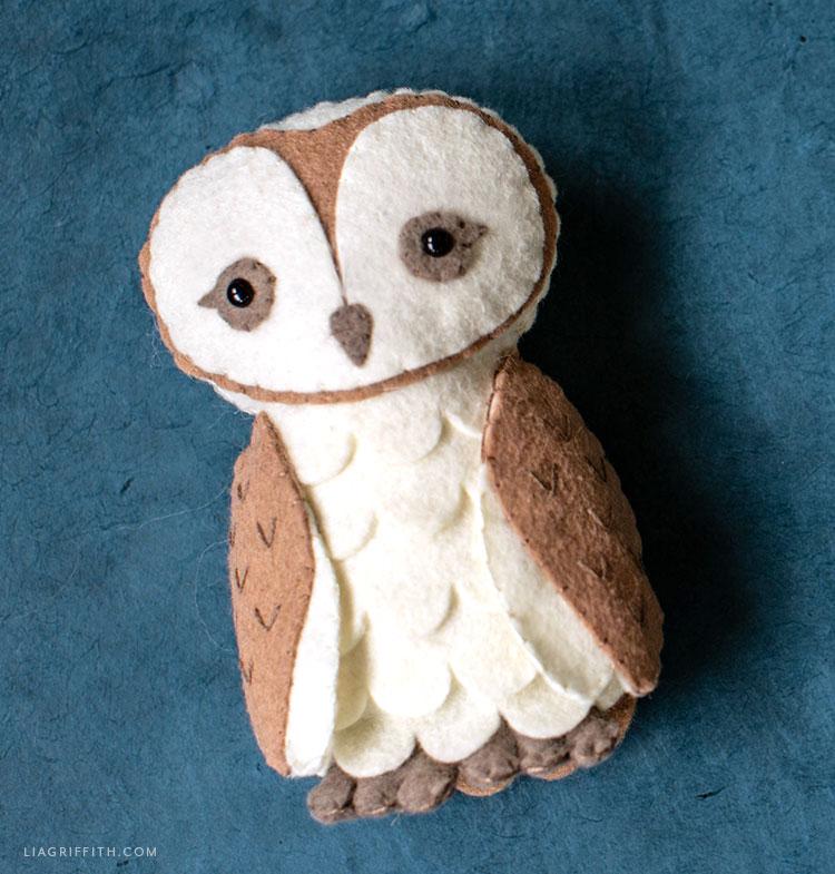 felt barn owl stuffie