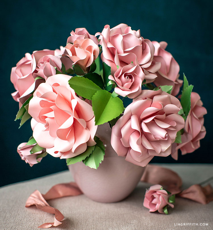 Video Tutorial Frosted Paper Garden Roses Flower Kit Lia Griffith