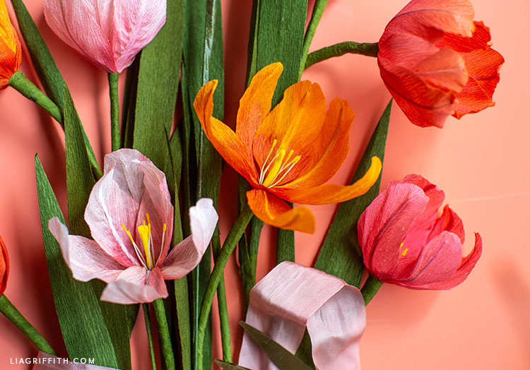 ombré crepe paper tulips and leaves