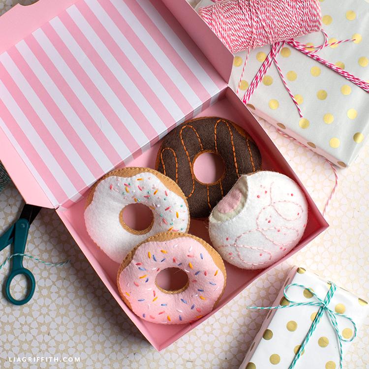 DIY felt donuts in pink donut box