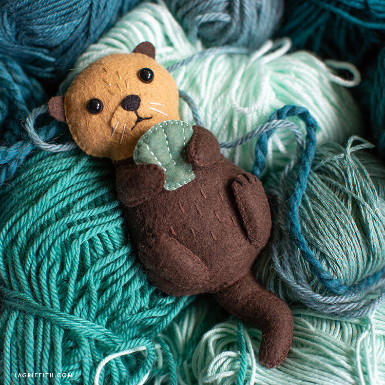 felt sea otter stuffie