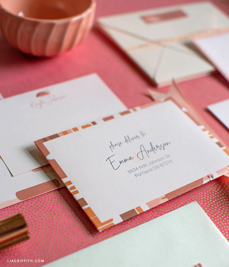 printable, editable envelopes with matching note cards and labels
