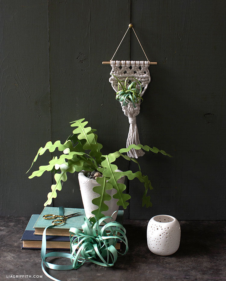 paper plant decor
