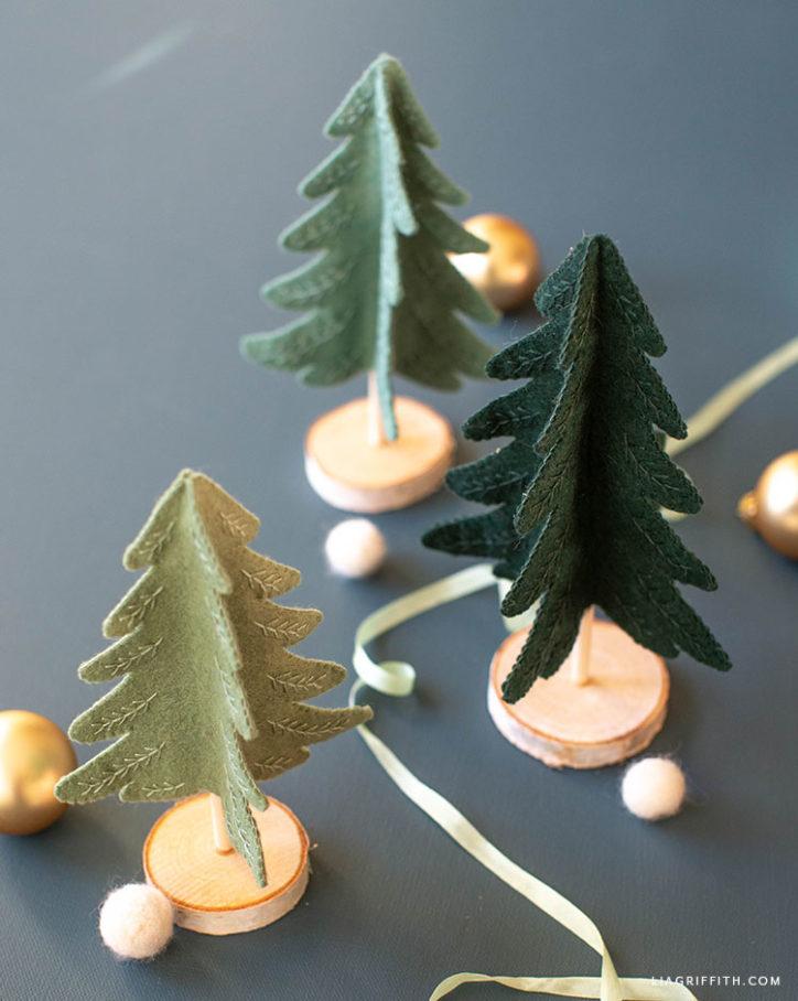 mini felt felt Christmas trees with embroidery