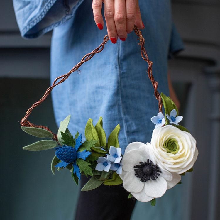 DIY felt flower triangle wreath