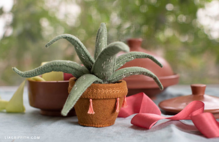 felt aloe vera plant in felt pot