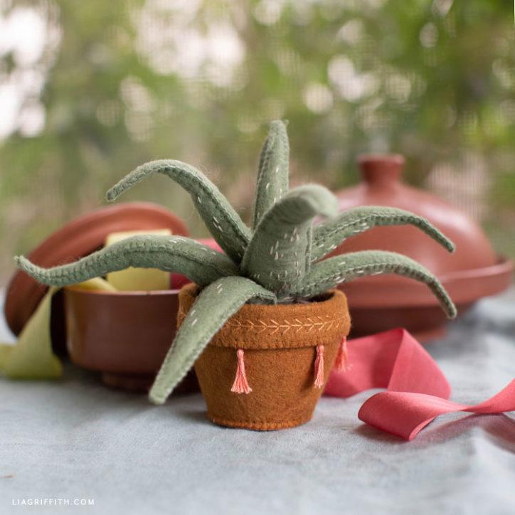 DIY stuffed felt aloe vera plant