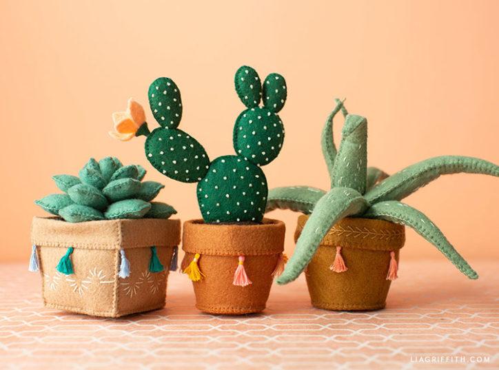 handmade felt succulents