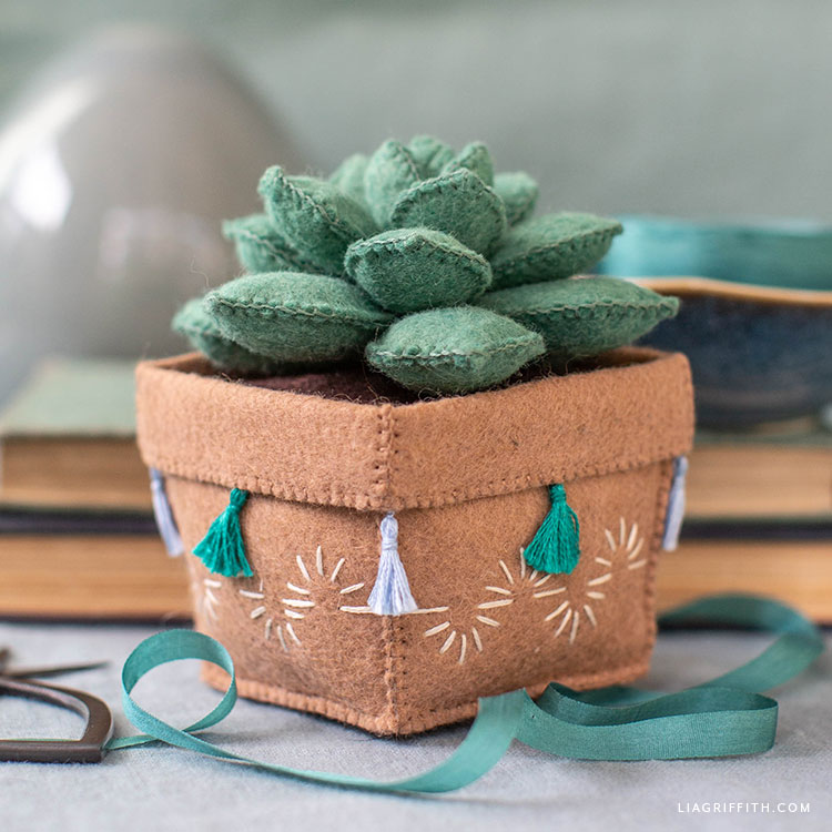 felt echeveria succulent in felt pot