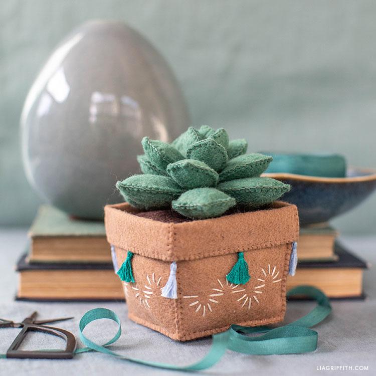 DIY felt echeveria succulent in felt pot with tassels