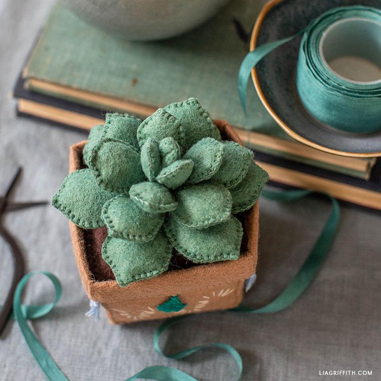handmade felt echeveria succulent