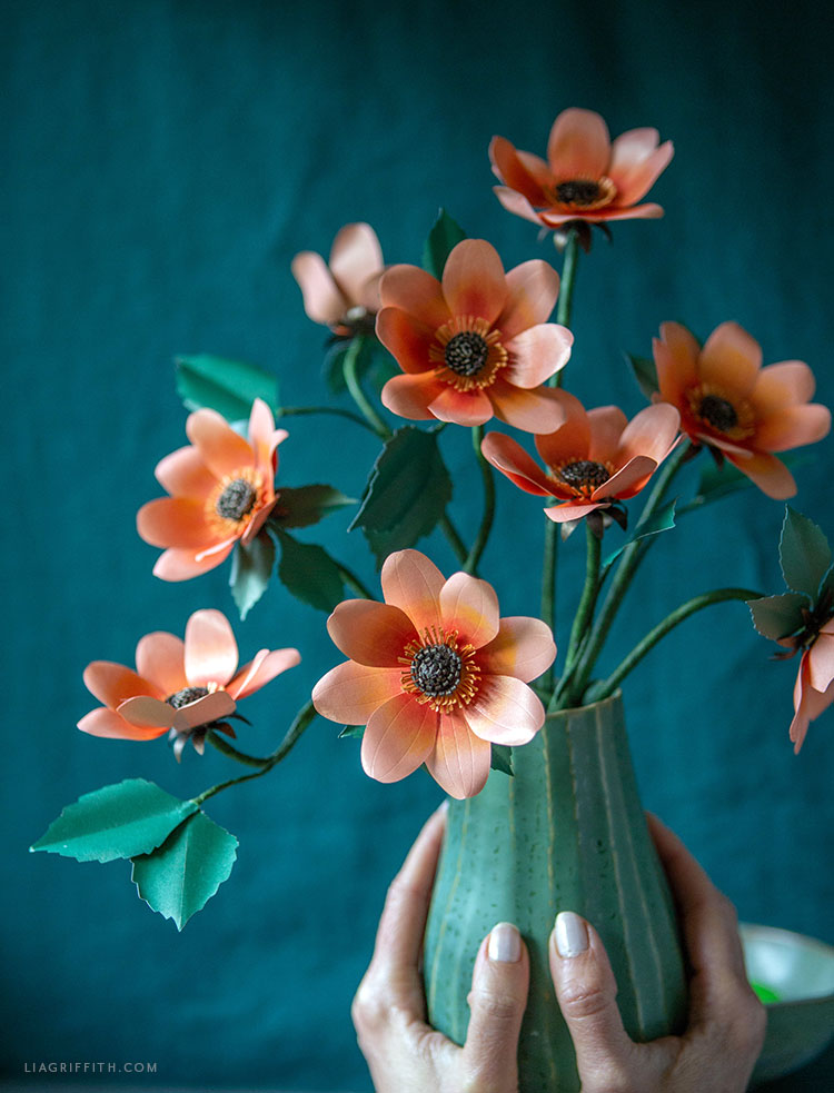 DIY frosted paper dahlia bouquet