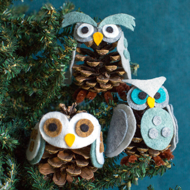 Pinecone felt owls.