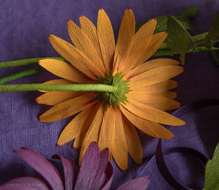 delicate crepe paper daisies