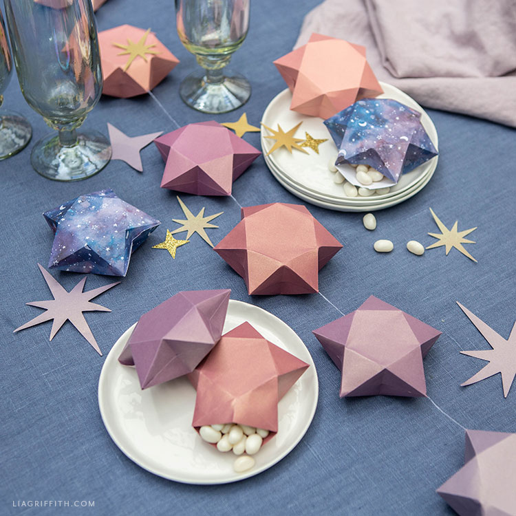 frosted paper 3D star party decor