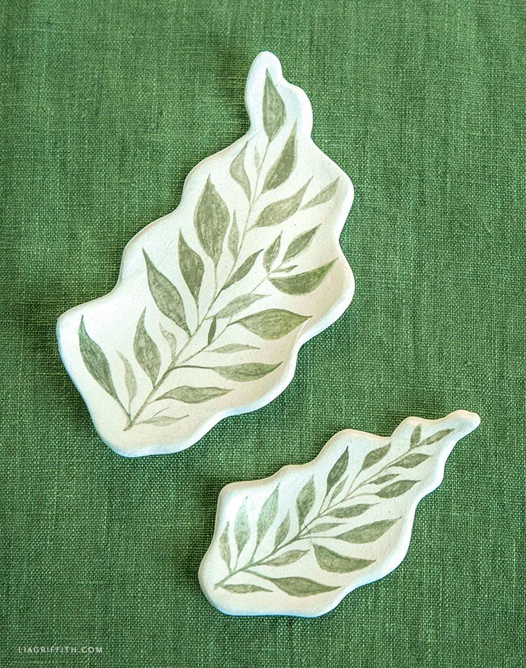 clay leaf trinket dishes