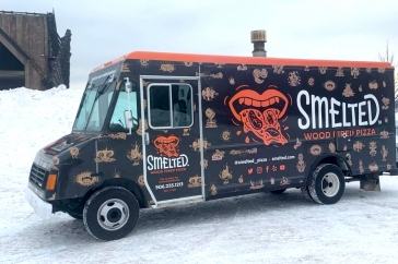 The Ultimate Mobile Wood-Fired Pizza Experience
