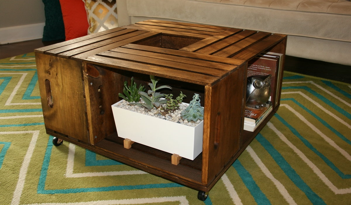 Diy Wooden Wine Crate Coffee Table Lee S Summit Lifestyle Magazine