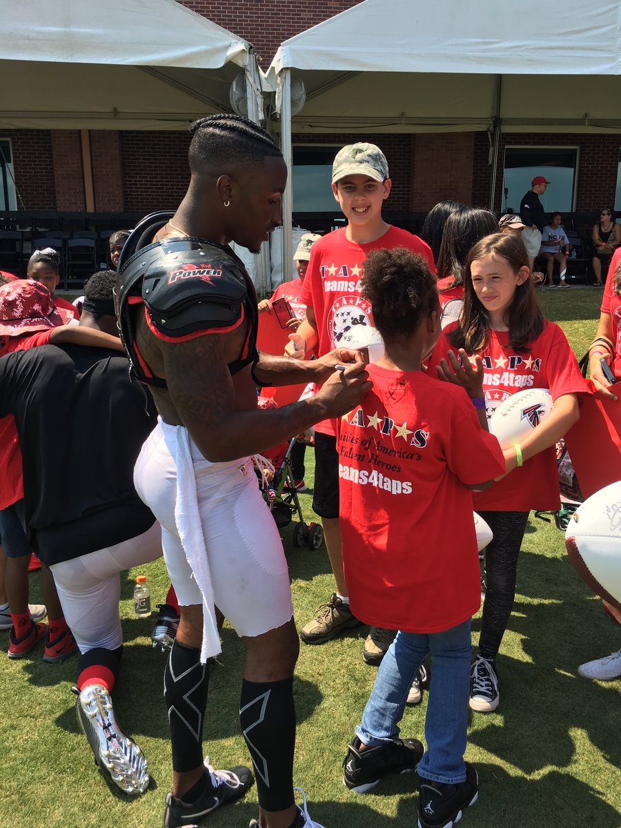 Atlanta Falcons Invite TAPS Kids and Families for a VIP Experience