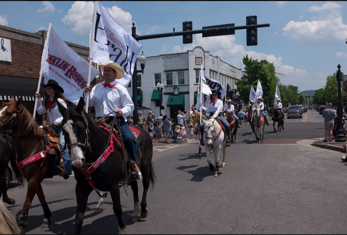 Franklin Rodeo Parades Through Town Franklin Lifestyle