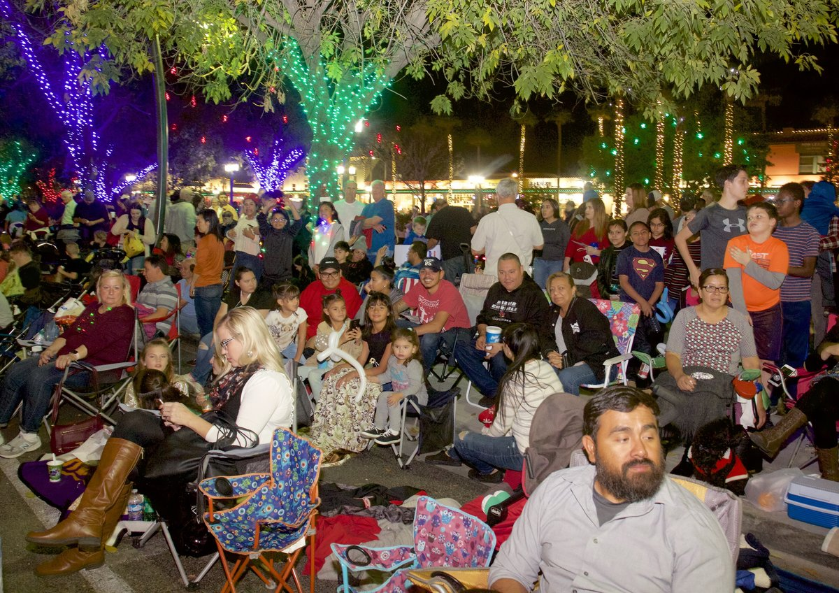 Ring In The Holidays At Chandler's Tumbleweed Tree