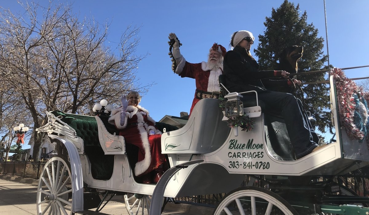 Christmas Carriage Parade Presented by Xfinity – Parker Lifestyle