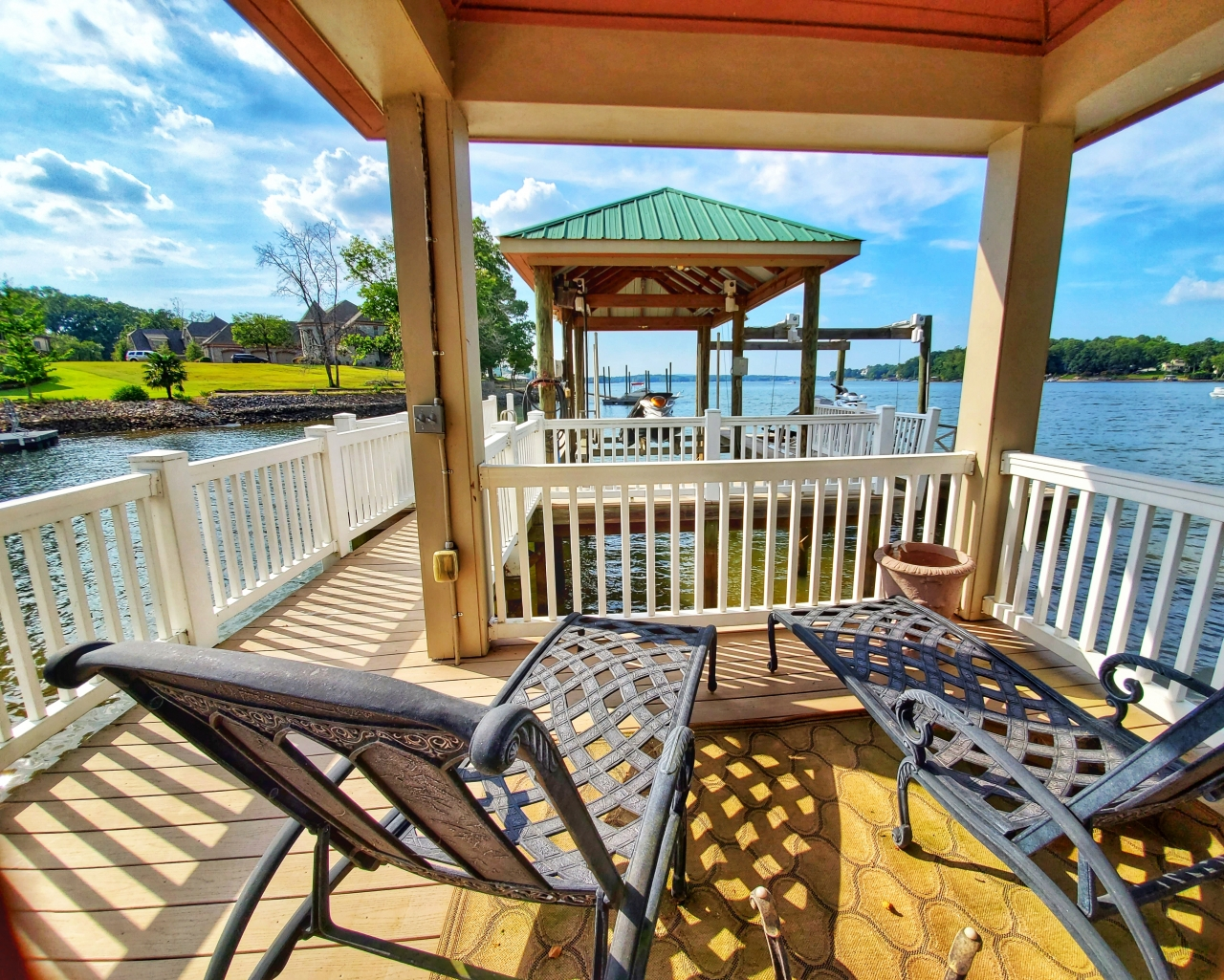 Real Estate 2019-10-01 - Lake Wylie Luxury Waterfront Home