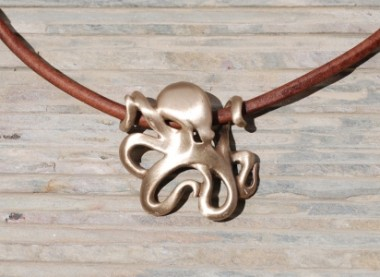 BRASS OCTOPUS NECKLACE
