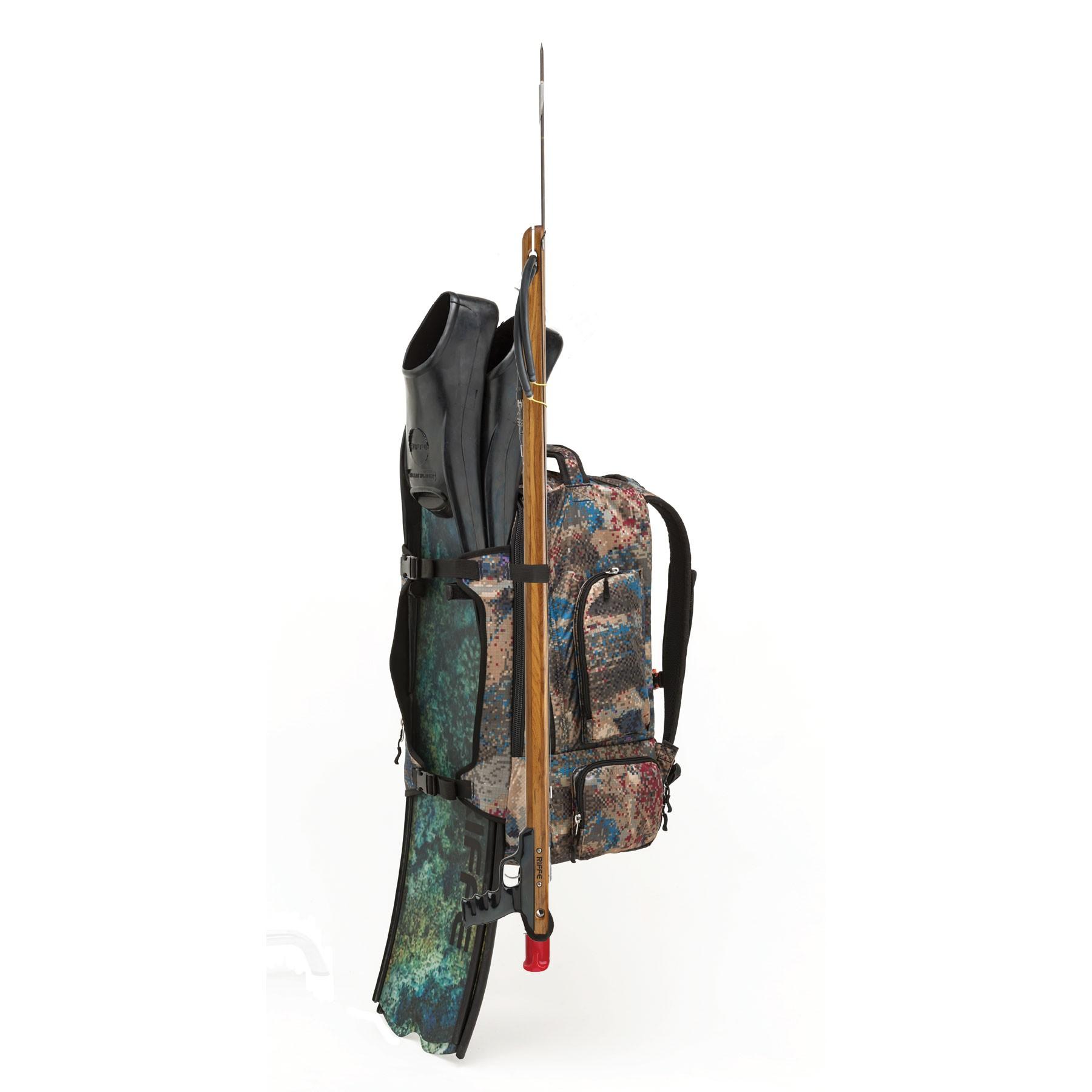 Riffe Drifter Utility Pack gear