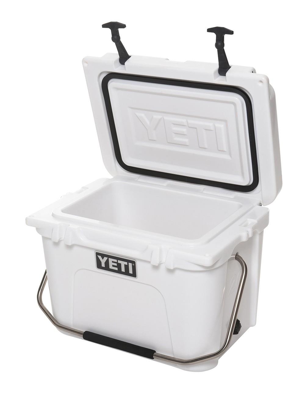 Yeti Roadie 20 Cooler open