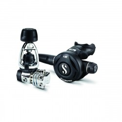 Image from ScubaPro MK21/S560 Compact Diving Regulator System