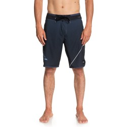 "Image from Quiksilver Highline 20"" Hybrid Shorts (Men's)"