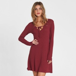 Image from Billabong Walk On Dress  (Women's) Cranberry