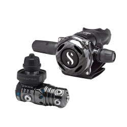 Image from ScubaPro Black Tech MK25 EVO and A700 Carbon Regulator System