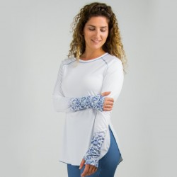 Image from Reel Skipper Flowy Performance Tunic Top +50 UPF Long Sleeve Sunshirt (Women's)