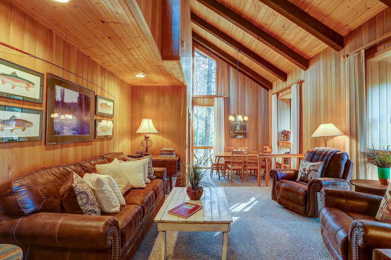 Book The 22 Rogue Vacation Home In Sunriver Arrived Now