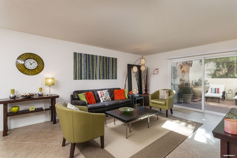 Ultra Chic And Modern Condo   M7350