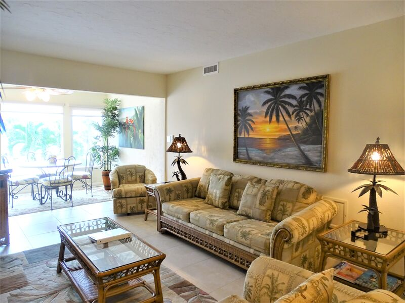 Sunset Royale - 208- Gorgeous Sunsets awaits beautiful 1 bedroom