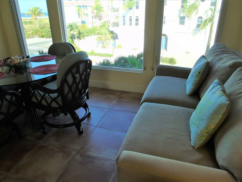 Sunset Royale - 318- Fantastic beautifully appointed 2br condo