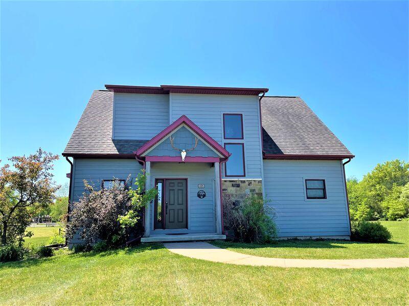 Sensational 5 Bed Vacation Rentals Near Wisconsin Dells Spring Brook Beutiful Home Inspiration Aditmahrainfo