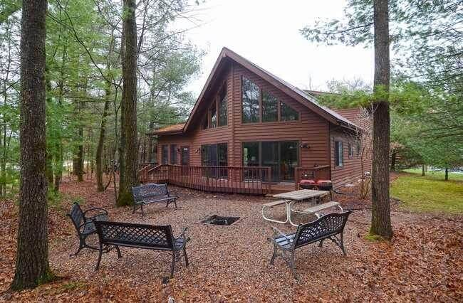 Bearclaw Cabin Wisconsin Dells Log Cabin Rental From
