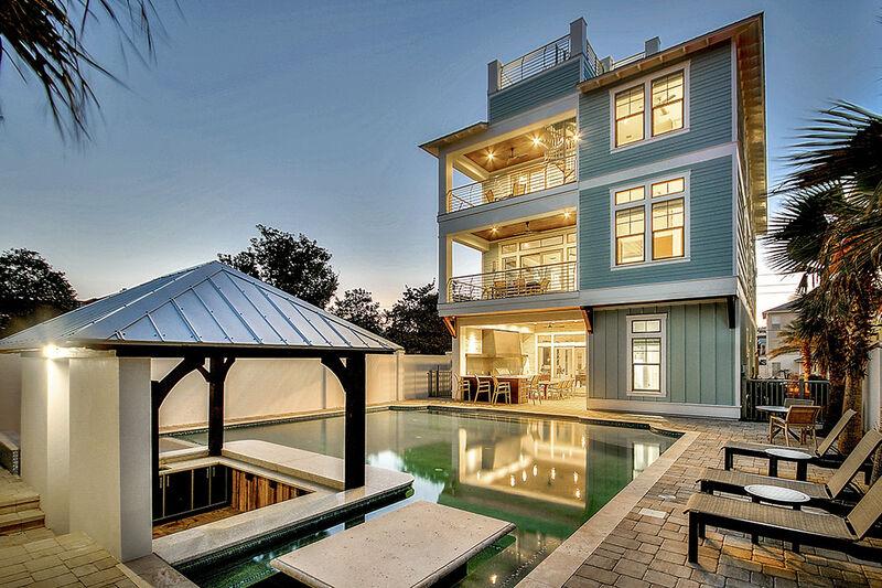The Life Aquatic Crystal Beach Vacation Home Five Star