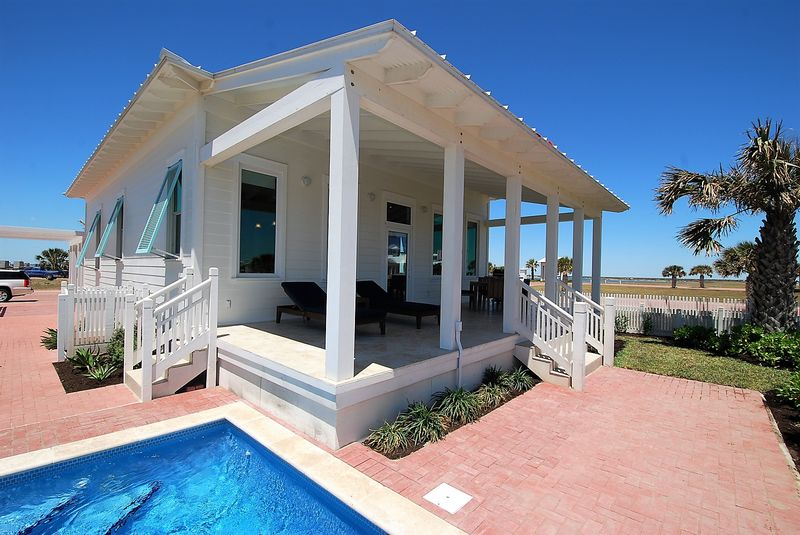 Coastal Cottage | South Padre Island Vacation Home Rental from Franke