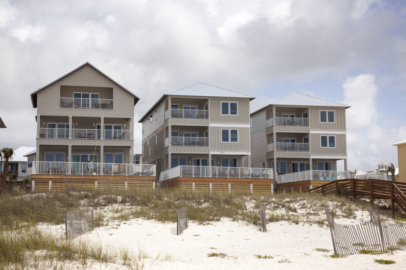 Bama Beach Houses: The Diamond at the Cottages at Romar in – Bama