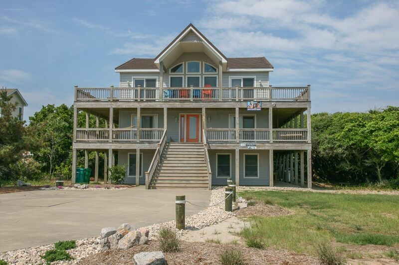 Outer Banks Vacation Rentals - 1196 - GOT A LITTLE CRAZY