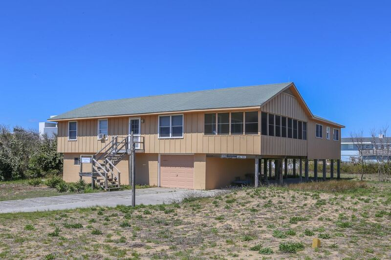 Outer Banks Vacation Rentals - 0015 - LAUGHING PLACE