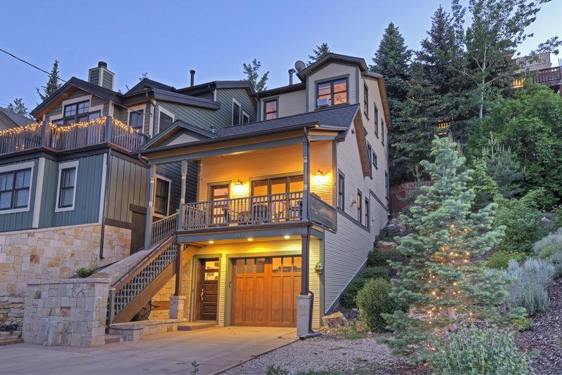 Abode at Big Game Lodge